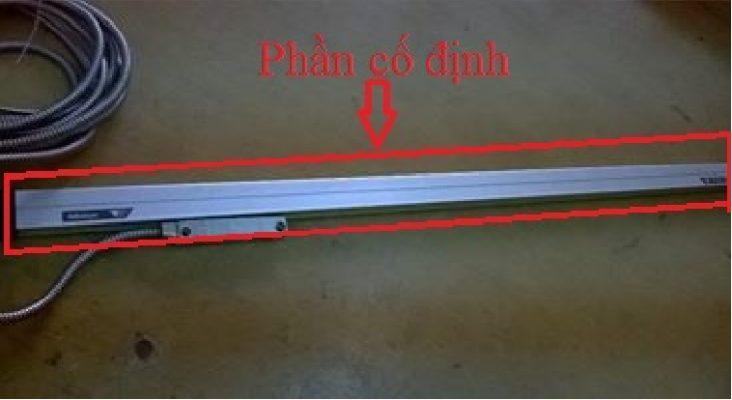 phần cố định của thước quang