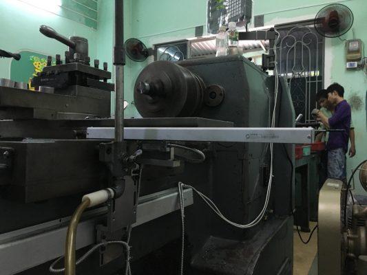 thước quang máy tiện trục x